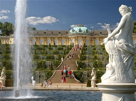 Potsdam: Sanssouci Palace Guided Tour from Berlin
