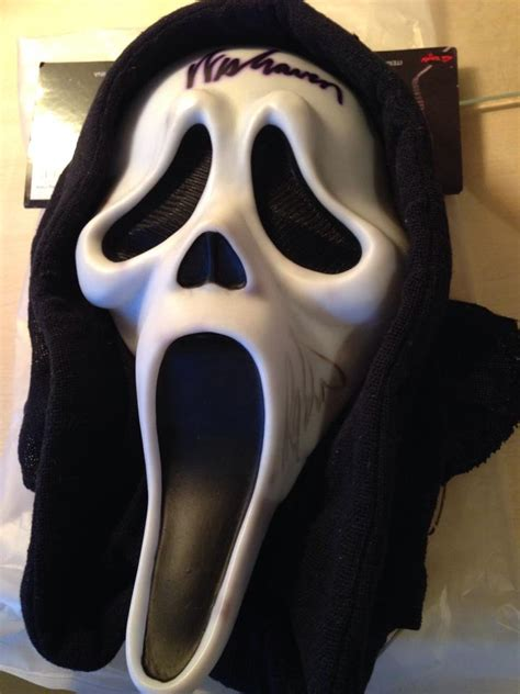 signed mask auction – GhostFace